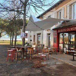 Café Au bord du monde à Salvagnac